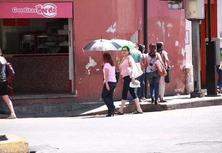 El calor se mantendrá en estos próximos días en Yucatán, pero ya no tan fuerte como hace poco que hizo al menos 40 grados varios días seguidos. (Jorge Acosta/Milenio Novedades)