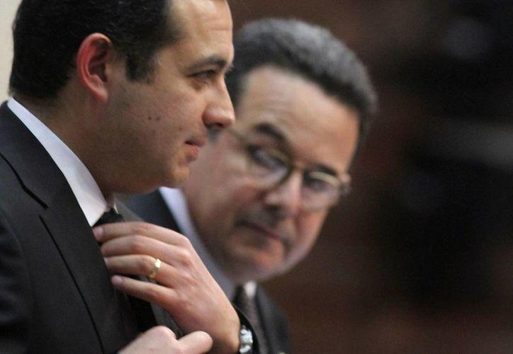 Aceptan que en la gestión de Cordero se hizo un depósito al cuñado de Felipe Calderón. (Archivo/Notimex)
