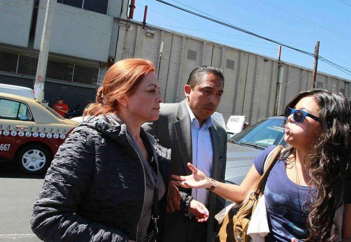 La senadora Maricruz Montelongo Gordillo, hija de Elba Esther Gordillo, a su llegada al Reclusorio Oriente, donde la líder del SNTE rindió declaración. (Notimex)