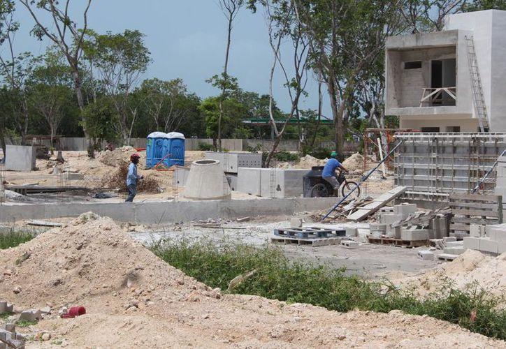 La construcción en Quintana Roo reportó ingresos por más de mil 500 millones de pesos en los cinco primeros meses del año. (Joel Zamora/SIPSE)