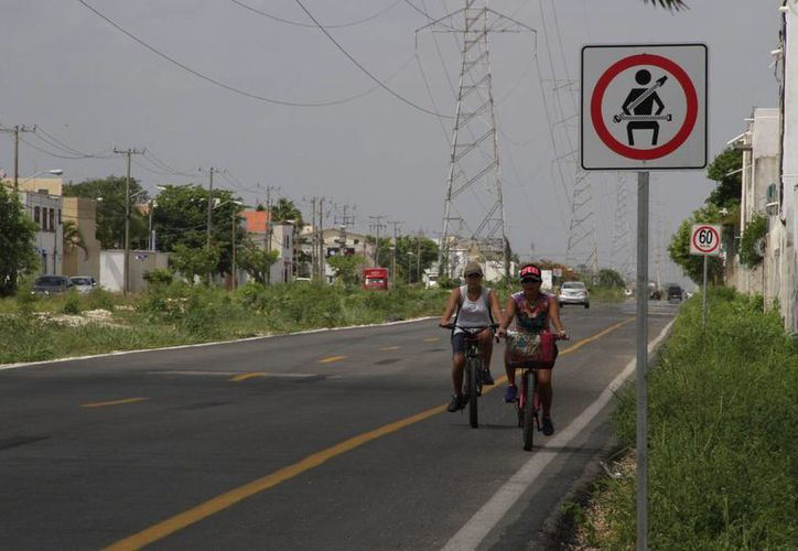La avenida Huayacán contará con carril para ciclistas. (Tomás Álvarez/SIPSE)