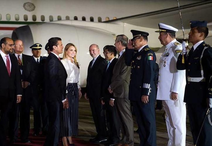El avión presidencial de Enrique Peña Nieto arribó en Perú. (Foto: @PresidenciaMX)