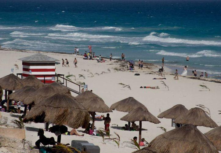 Uno de los destinos que más concentran la derrama de los turistas extranjeros es Cancún, Quintana Roo. (Archivo/Notimex)