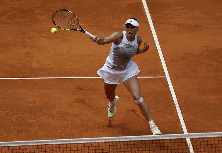 La danesa Wozniacki, número 5 en  el ranking, ganó a la estadounidense Christina McHale 7-5, 6-0 en la segunda ronda del Abierto de Madrid. (Foto: AP)
