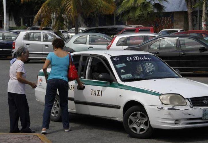 El Sindicato de Taxistas organizan operativos. (Redacción/SIPSE)