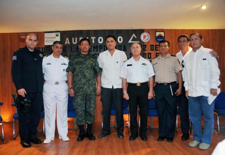 El comité de huracanes de Cozumel. (Cortesía/SIPSE)
