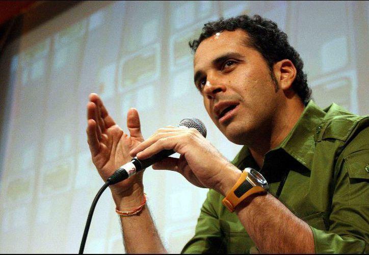 El director  reveló que en 2010 tuvo una relación sentimental con Souza. (Foto: Contexto)