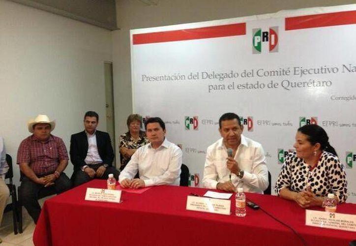 La presentación del diputado federal Mauricio Sahuí ante el priismo queretano. (Cortesía)