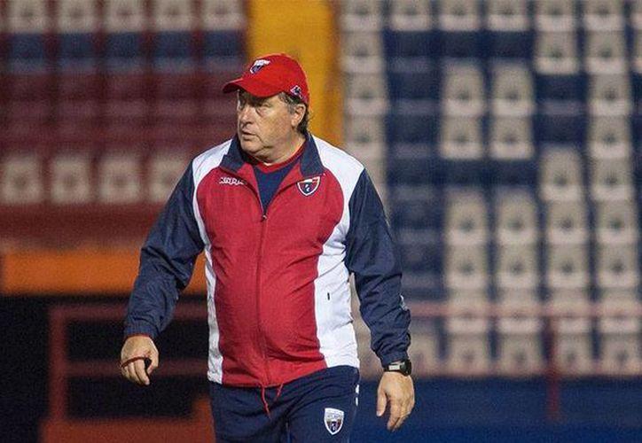 Rubén Israel fue cesado del Atlante FC tras dirigir los primeros dos partidos del Clausura 2014. (Cortesía/SIPSE)