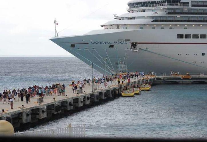 Para la cuarta semana de junio se espera la llegada de 13 cruceros a la isla de Cozumel, con 39 mil pasajeros a bordo. (Redacción/SIPSE)