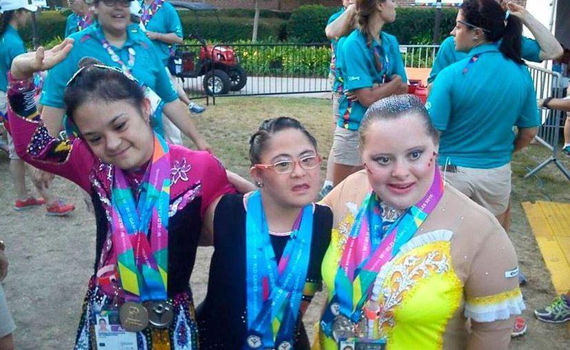 Las gimnastas yucatecas iniciaron con la cosecha de medallas para Yucatán, en las Olimpiadas especiales, en Los Ángeles. (Milenio Novedades)