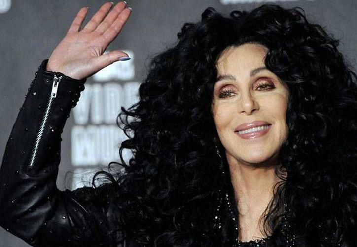 Cher ha tenido que enfrentar los efectos del virus Epstein-Barr y ahora además a sus padecimientos se sumó un virus mortal renal. (Archivo/ Excelsior)