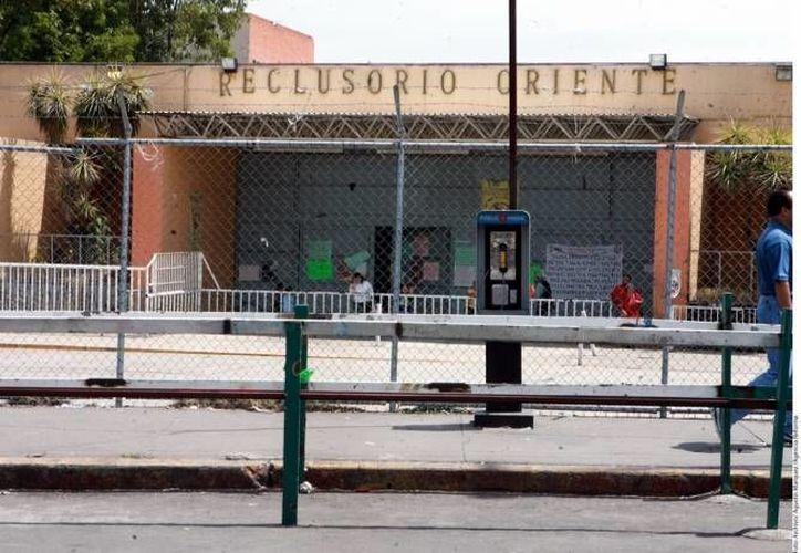 Arturo Raya Vega estuvo a salto de mata en varios estados del país, pero ahora está en el Reclusorio Oriente. (SIPSE/Archivo)