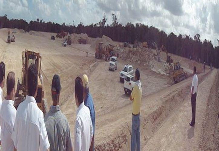 Los trabajadores de construcción de la celda presentan avance de 80 por ciento, y continúan progresando a paso firme de acuerdo a lo programado, aseguró González Castilla. (Cortesía/SIPSE)