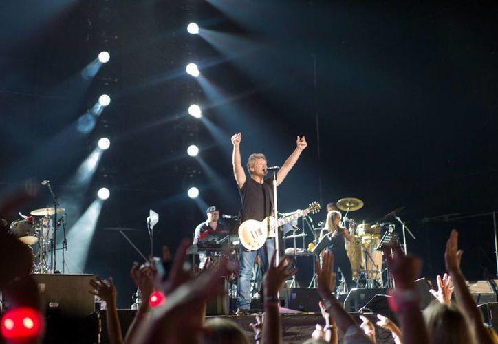 La apertura del hotel fue el 4 de mayo de 2014 con un concierto de Bon Jovi.  (Redacción/SIPSE)