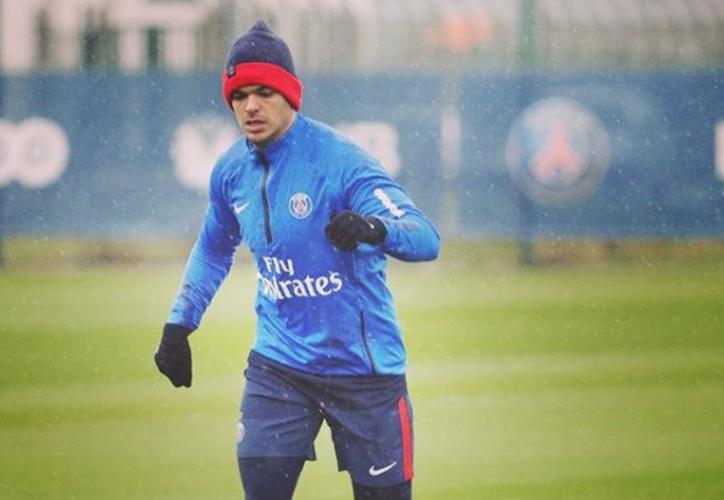 Hatem Ben Arfa confirmó a través de Instagram que no seguirá en el cuadro parisino. (Instagram)