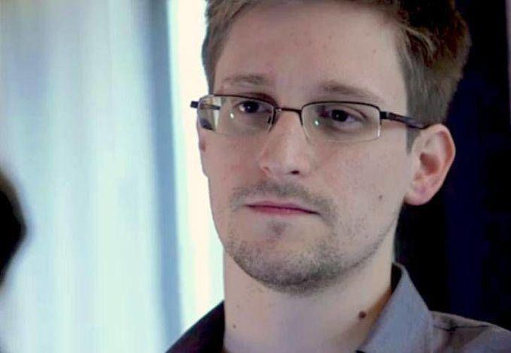 Snowden filtró más de 200 mil documentos sobre los programas de vigilancia masiva de la Agencia Nacional de Seguridad estadunidense. (Archivo/Agencias)
