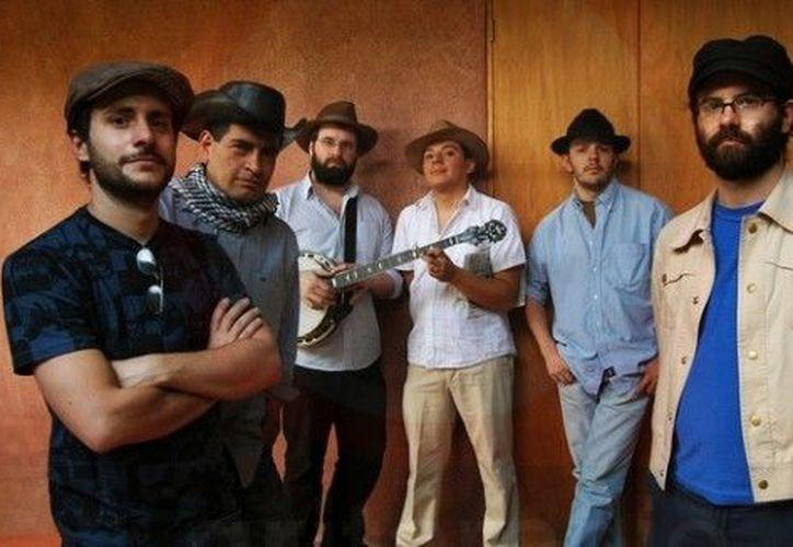 La agrupación Paté de Fuá ha vendido 80 mil discos de manera independiente. (rocksto.com.mx)
