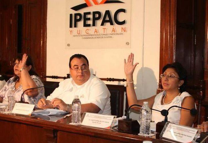 El Consejo General del Ipepac señala que las reformas que se pretendan implementar de cara a los comicios más cercanos se tienen que aprobar por el Congreso de la Unión a más tardar el 30 de junio próximo. (Milenio Novedades)
