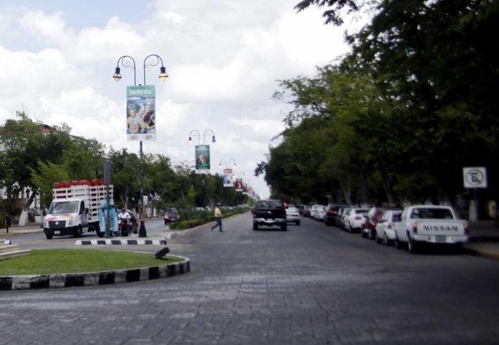 La avenida se caracteriza por sus cafés y restaurantes al aire libre. (Christian Ayala/SIPSE)