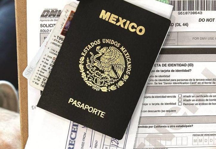 EU disminuyó las tarifas para obtener la tarjeta que permite a ciudadanos mexicanos cruzar la frontera por determinado periodo de tiempo. (laprensanwa.com)