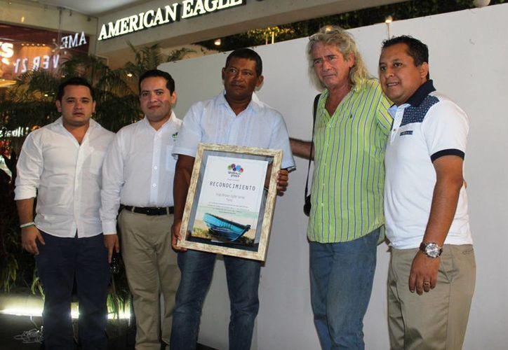 El evento organizado por la asociación civil 'Unidos por Playa'. (Octavio Martínez/ SIPSE)
