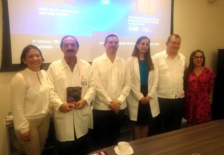 Médicos del Comité Organizador local del Congreso de Mastología. (Milenio Novedades)