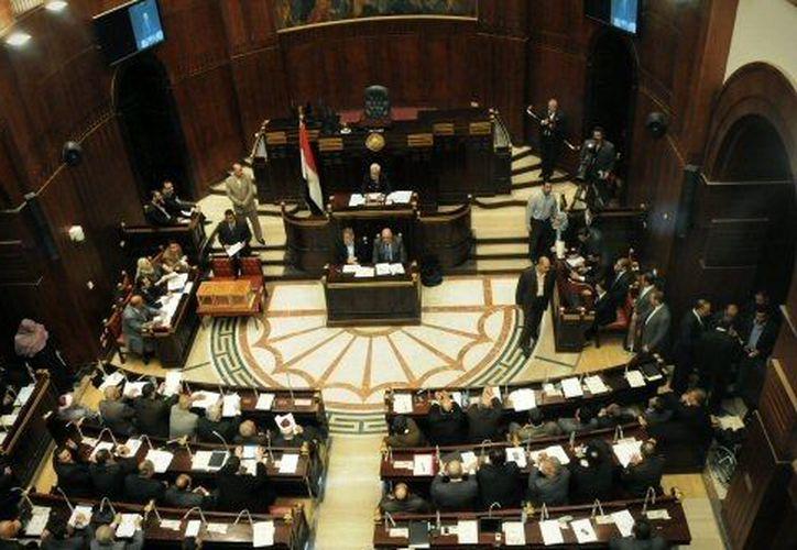 El Parlamento egipcio tiene mayoría de islamistas. (Agencias)