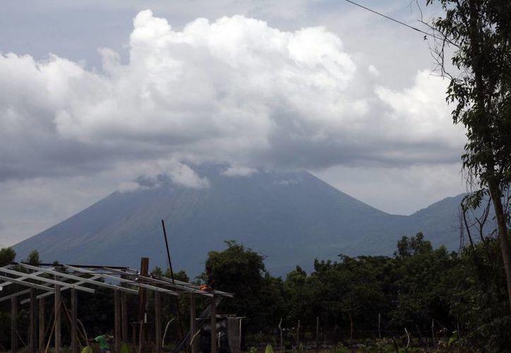 El volcán Telica entró en fase eruptiva la mañana de este miércoles. (EFE)
