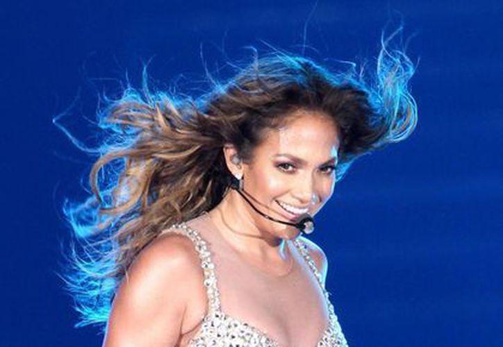 Jennifer López durante un concierto en Dubai (EFE/Archivo)