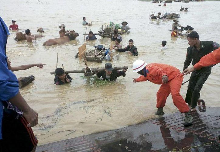 Se desconoce la cifra exacta de afectados por las inundaciones en Myanmar debido a que muchas zonas están incomunicadas. (EFE)