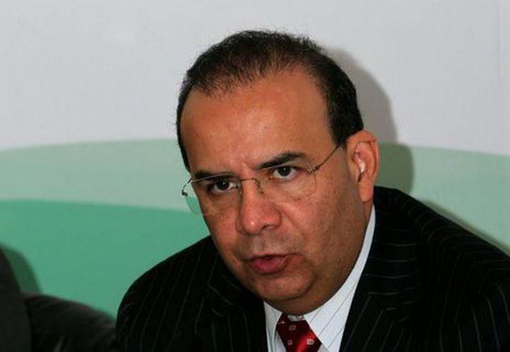 El titular de la Secretaría del Trabajo y Previsión Social, Alfonso Navarrete Prida,  emitió los lineamientos para la operación del Programa de Apoyo para la Productividad. (Notimex)