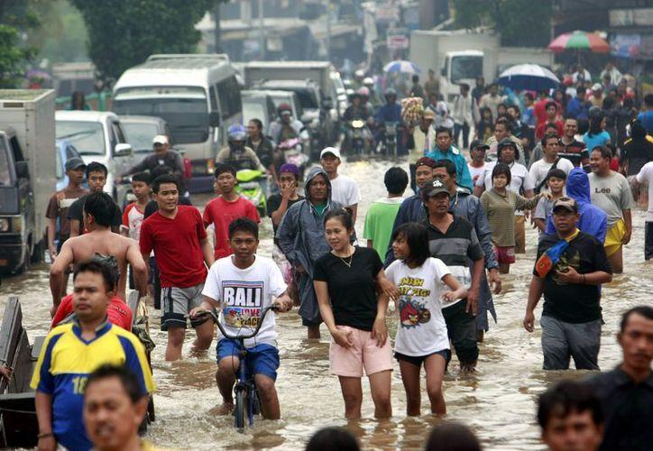 Yakarta registra las peores inundaciones de los últimos 6 años. (EFE)