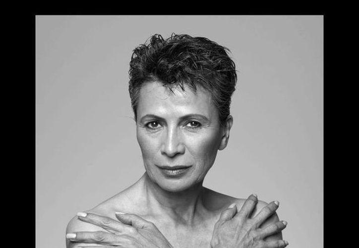 La actriz Patricia Reyes Espíndola colabora activamente en campañas de prevención del cáncer de mama. (Facebook oficial)