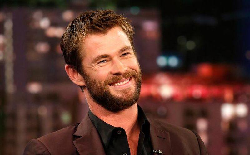 Muestra musculatura Chris Hemsworth durante entrenamiento
