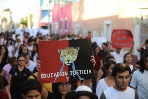 Sindicatos y estudiantes apoyan huelga en la Uady
