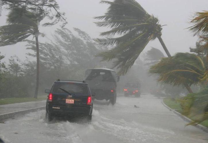 Mhoni Vidente dijo que un huracán que causará graves daños desde Puerto Rico a Cancún. (Redacción/SIPSE)