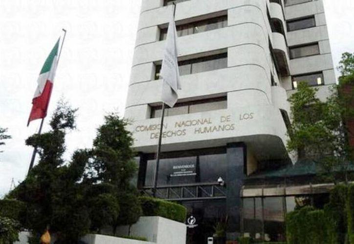 El organismo autónomo explicó que emitió la Recomendación 1/2015, primera del año contra el Gobierno de Sinaloa, por un caso de arbitrariedad contra una mujer. (televisa.com)