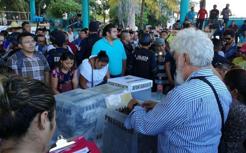 Dio inicio el conteo de votos. (Foto: Sara Cauich)