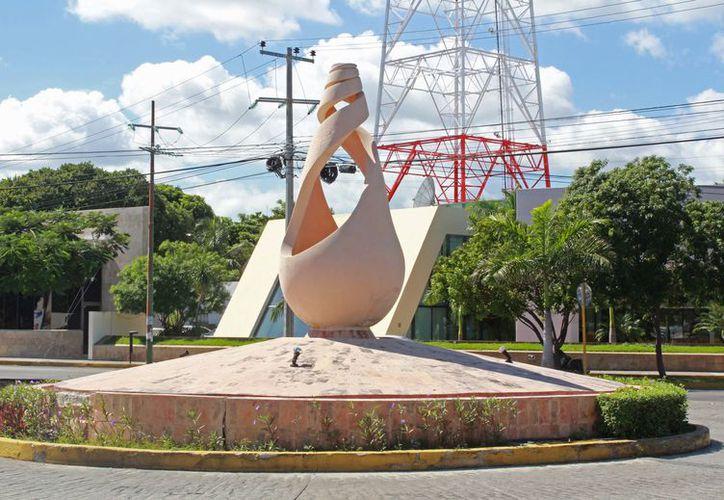 La obra señalada por la autoridad municipal como Patrimonio Cultural del Primer Cuadro de la ciudad. (Foto: Ivette Y Cos/SIPSE).