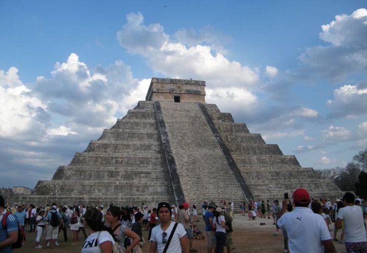 Miembros del Mundo Maya buscan acercarse a dependencias federales para optimizar el programa en beneficio del turismo. (SIPSE)