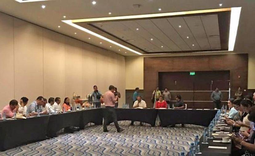 La Barra de Abogados, comentó que tiene hasta el próximo 20 de julio para reunir las firmas. (Alejandra Galicia/SIPSE)