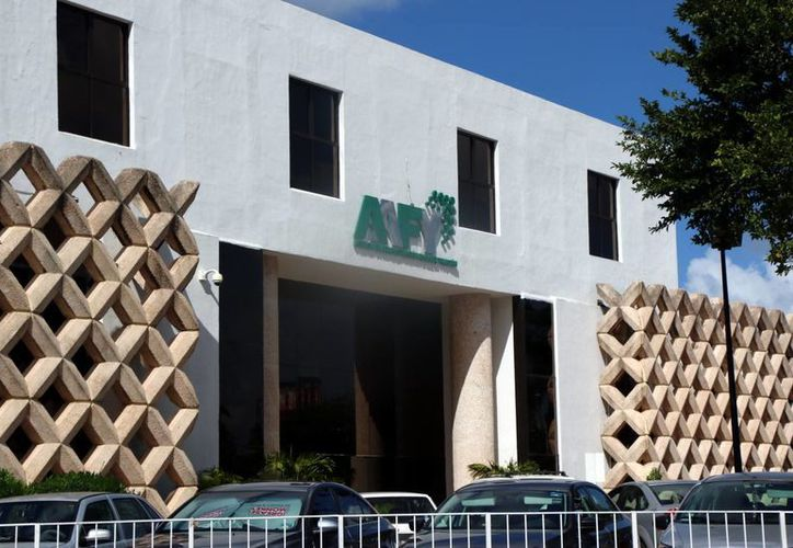 La Agencia de Administración Fiscal prepara nuevos embargos a empresas yucatecas. (Jorge Acosta/SIPSE)