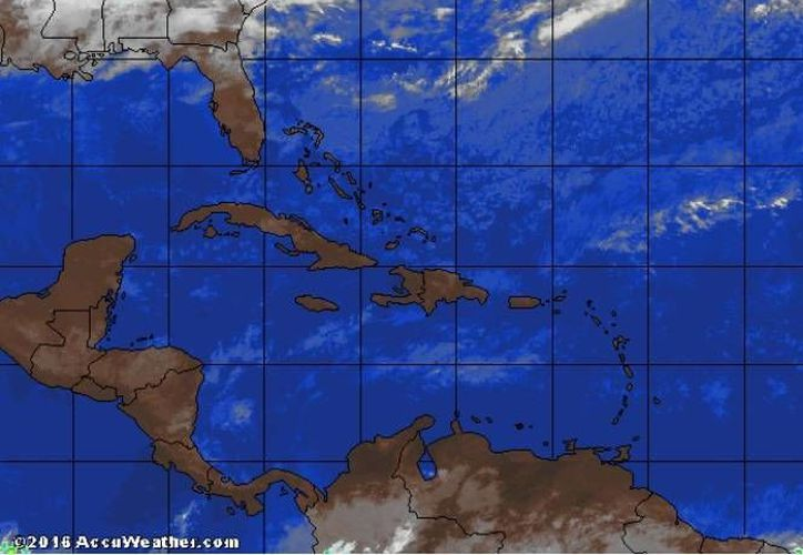 Este domingo se esperan temperaturas cálidas para Quintana Roo. (Cortesía/trayectoriadelhuracan)