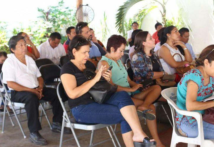 Los maestros se reunieron en Felipe Carrillo Puerto, así como se han reunido en otros municipios de Quintana Roo. (Ángel Castilla/SIPSE)