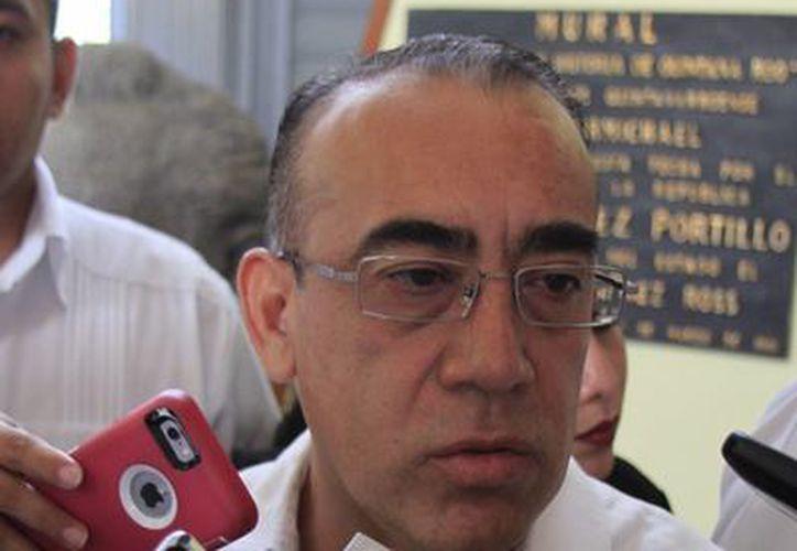 Carlos Arturo Álvarez Escalera, rindió protesta de ley ante el pleno de la XIV Legislatura. (Ángel Castilla/SIPSE)