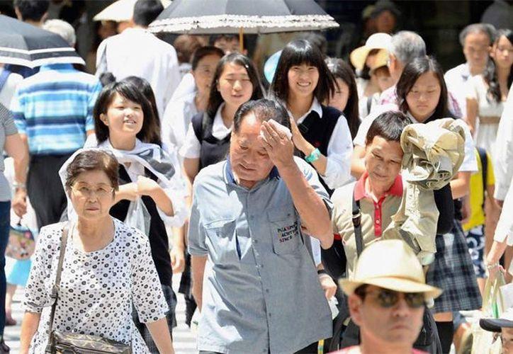 Un total de 317 personas, con edades comprendidas entre 1 y 105 años, fueron llevadas a hospitales en Tokio. (lavozdemichoacan.com)