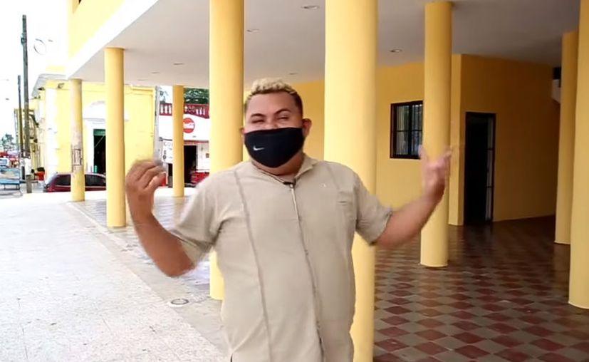 El influencer Irving Álvarez subió su video de denuncia a redes sociales.