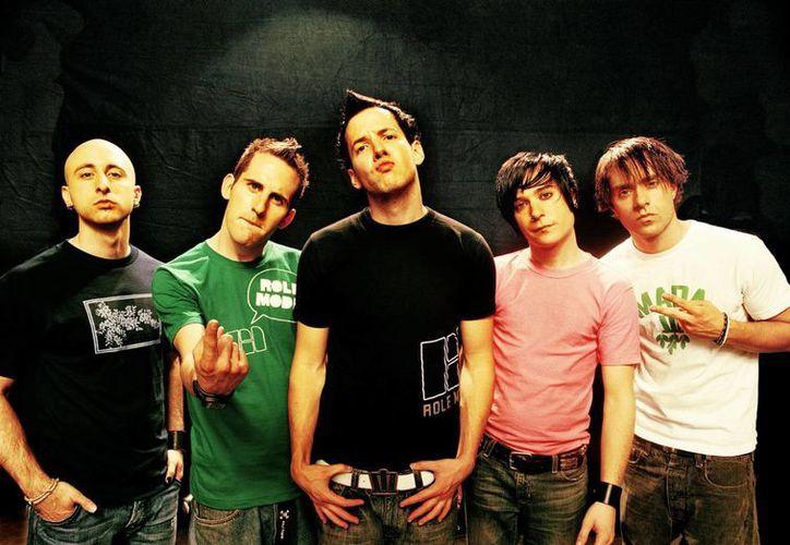 El grupo Simple Plan desveló 'Saturday', su nuevo sencillo, que supone un adelanto de su próxima producción aún sin nombre. (Foto: mtv.com/music)