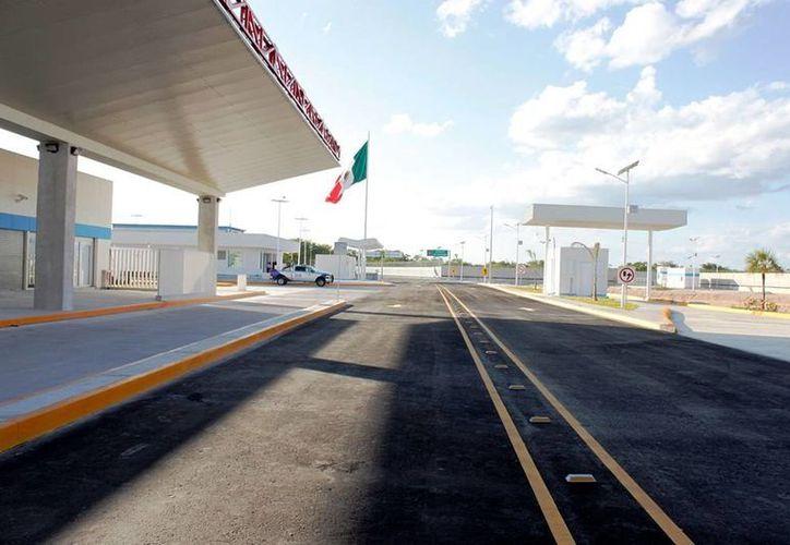 Informan que se lleva un avance superior al 40 por ciento en la construcción del punto de verifación de Chactemal. (Edgardo Rodríguez/SIPSE)